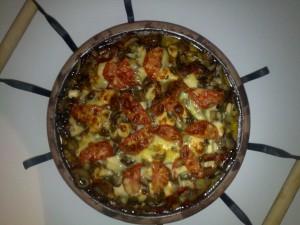 Сач със зеленчуци и бекон
