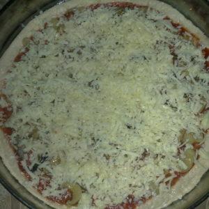 Пица с гъби и кашкавал